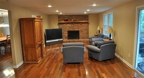 CompletedHardwoodFloors 080410 Hardwood Floor Installation Tutorial