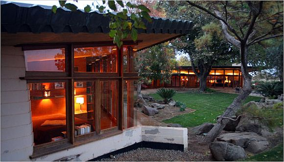 Would You Buy A Frank Lloyd Wright House?