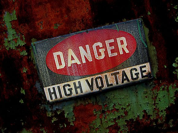 Which Is More Dangerous: Voltage Or Amperage?