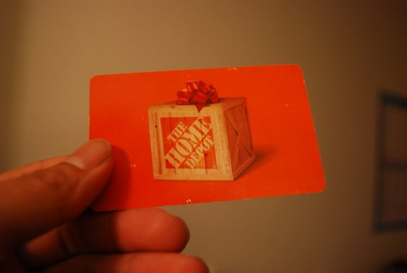 Giveaway: $100 Gift Card from Home Depot (Only on Facebook)