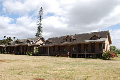 court yard Xorin Balbes Maui Masterpiece: Ke Ao Lanihuli