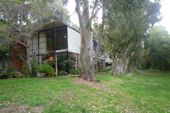 eames house Visiting the Eames House: Modern Prefab Masterpiece