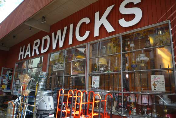hardwicks seattle diy city guide Git R Done with our DIY City Guides