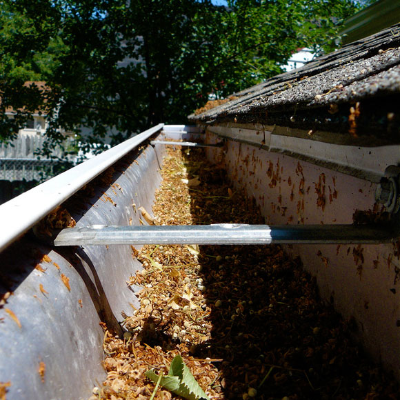 how to clean gutter How To Clean Your Gutters