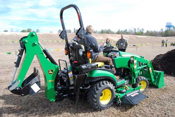 John Deere 1026r Attachments : John deere r sub compact tractor review