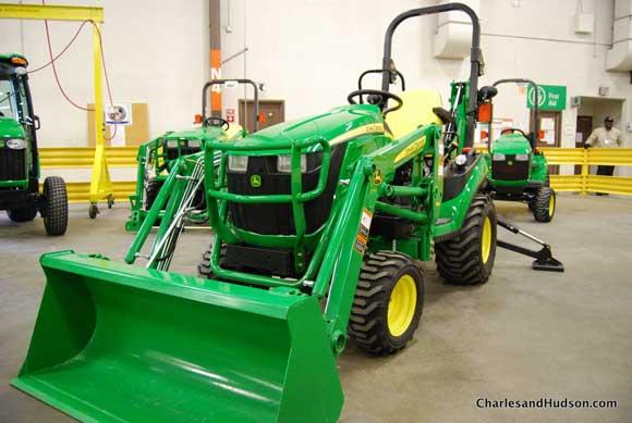 john deere utility tractor John Deere Factory Tour and Tractor Testing
