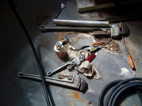 plumbing_tools.jpg
