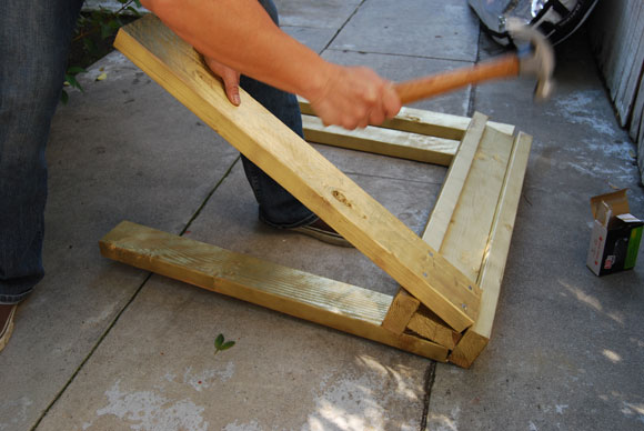 sawhorse hammer How To Build DIY Gold Sawhorses