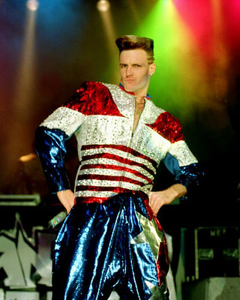 vanilla-ice-flag-suit.jpg