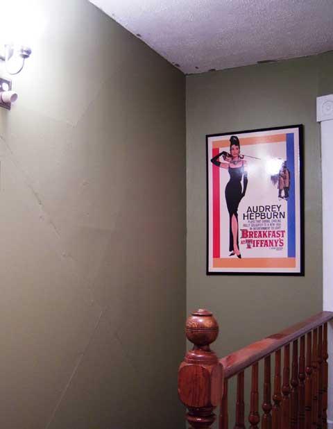 wallpaper-doctor-plaster.jpg